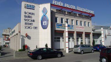 01.Fehér Palota - Üzletközpont átépítése, bővítése
