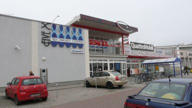 03.Fehér Palota - Üzletközpont átépítése, bővítése