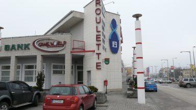 04.Fehér Palota - Üzletközpont átépítése, bővítése