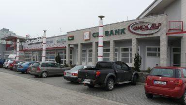 06.Fehér Palota - Üzletközpont átépítése, bővítése