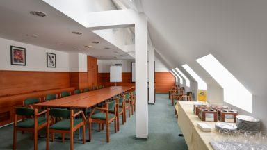 13.Hotel Panoráma - Konferencia terem
